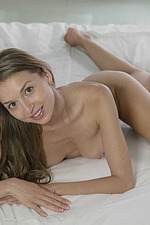 Cute Lina Naked On Bed 16