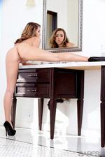 Ella Milano - Italian Beauty 02