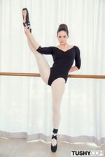 Horny Ballerina Jenna J Ross Analized 04
