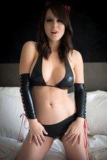 Bryci In Latex Bikini 01