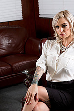 Hot Boss Kleio Valentien 00