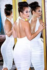Eva Lovia - A La Mode 02