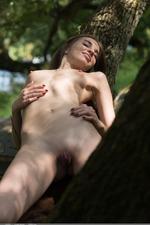 Stunning amateur Viviann 13