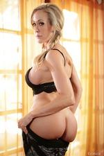 Elena Koshka And Brandi Love In Erotic Art Pics 09