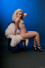 Beautiful Blonde Girl Alisa Posing Naked 02