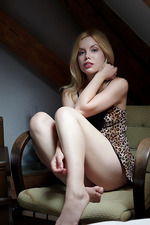 Beauty Blonde Teen Kala 01