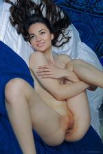 Round Assed Teen Verona Nude In Bed 05