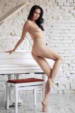Sexy Russian Teen Orlanda 10