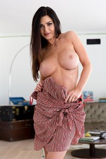 Kendall Karson Shows Her Big Tits 05