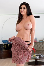 Kendall Karson Shows Her Big Tits 07