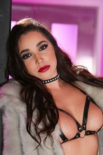 Karlee Grey In Sexy Leather Lingerie 01