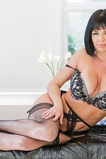 Veronica Avluv Flashes Her Body 06