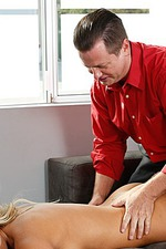 Olivia Austin Gets Hot Sex Massage 10