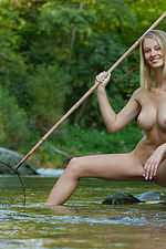 Carisha Gets Nude Outdoors 15