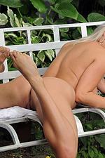 Ella Gets Nude Outside 19