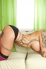 Sexy Tattooed Anna Bell Peaks 13