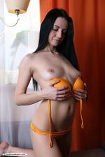 Naughty Russian Beauty Veronica Snezna 01