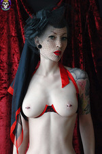 Hot Goth Gets Nude 05