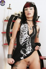 Gothic Babe In Spooky Dress 00