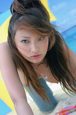 Nao Yoshizaki On The Beach 05