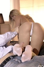 Gorgeous Jessi Gets Nailed 07