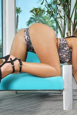 Perky Babe Layla London Strips And Spreads 04