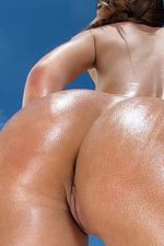 Alexis Brill In Bikini Masturbation By In The Crack 12