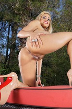 Busty Blonde Luna Star 09