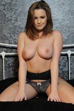 Jodie Gasson 09