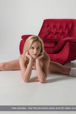 Sweet Blonde Vinna Masturbates With A Vibrating Toy 08