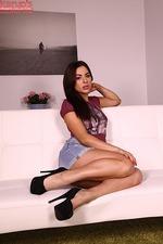 Nikki Waine 00