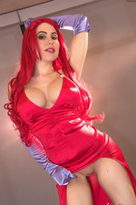 Katie Banks As Jessica Rabbit 02