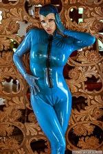 Bianca Kinky Rubber Blues 04