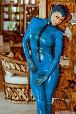 Bianca Kinky Rubber Blues 08