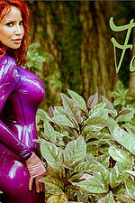 Busty Bianca In Purple Latex 00