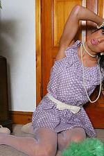 Sophia Court Sexy Maid 01