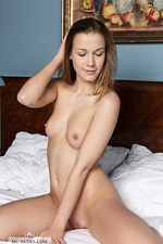 Alexis Crystal Hot Ass 02