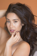 Beauty Eva Lovia Poses Naked 08