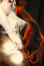 Samantha38g So Hot That I'm On Fire 01