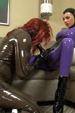 Latex Lara`s Cocksucking Rubbergimp 09