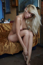Teen Blonde Naked 20