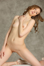 Pale Skinned Beauty Annett A 01