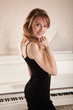Sexy Latvian blonde Tempe 00