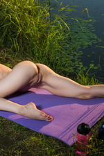 Silky skinned, blonde beauty Zarina A 19