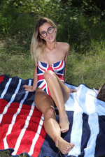 beautiful blonde Juck likes doing more 00