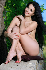 Hot Teen Lola Marron Naked In The Nature 09