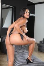 Curvy Asses #03 18