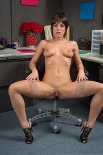 Rahyndee James Office Sex 11