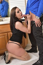 Gracie Glam Gets Nailed On The Bed In Nude Stockings 02