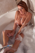 Nikki Sims In The Bathtub 10